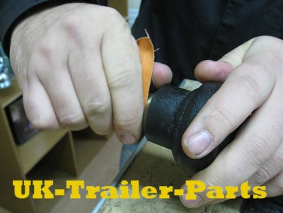 Use sandpaper to clean the wheel shaft